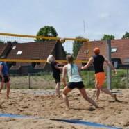 Für die Sandwürmer: Beachplatz gepflegt und wieder bespielbar