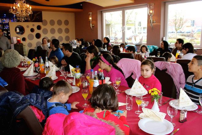 Restaurant Weihnachtsessen.über 80 Gäste Beim Weihnachtsessen Im Restaurant Kroatien Im Atsv