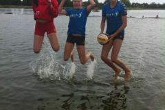 2013 Juni Young Beach Mädchen